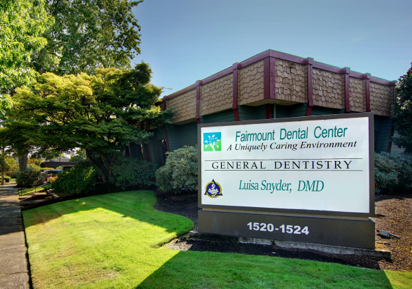 Exterior of Fairmount Dental Center in Salem, OR